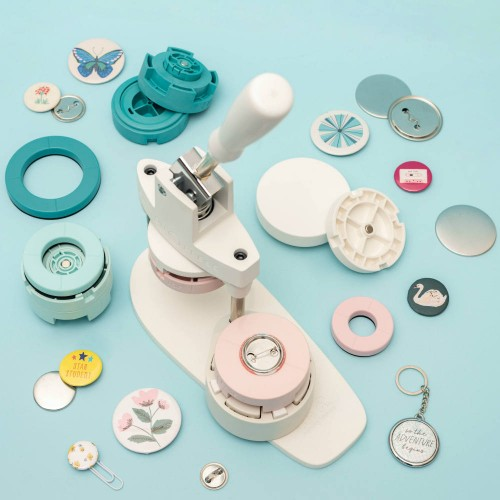 Kit Button Press • We R Memory Keepers